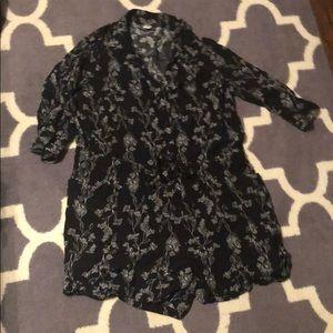 Black 3/4 sleeve floral romper